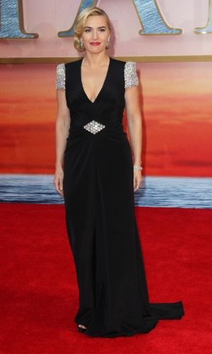 "Kate Winslet usa vestido Jenny Packham na premiére mundial do filme ""Titanic 3D"" (27/03/2012)"