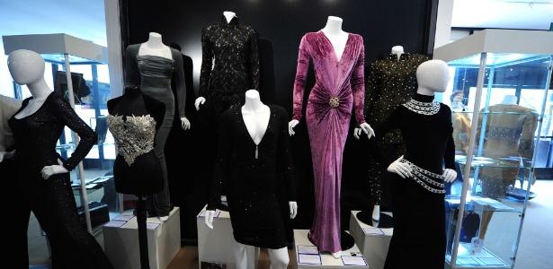 Roupas de Whitney Houston vão a leilão em Beverly Hills, nos Estados Unidos - AFP