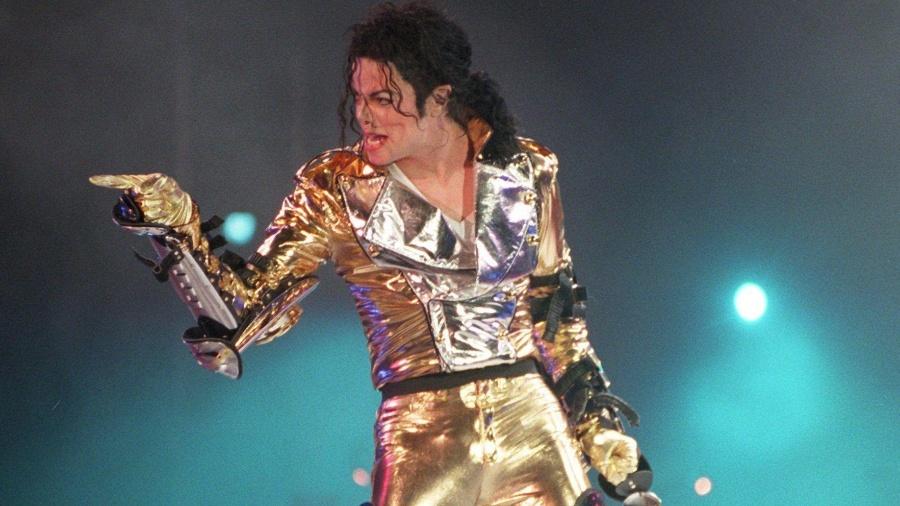 Michael Jackson no palco da turnê HIStory, realizada entre 1996 e 1997 - EFE