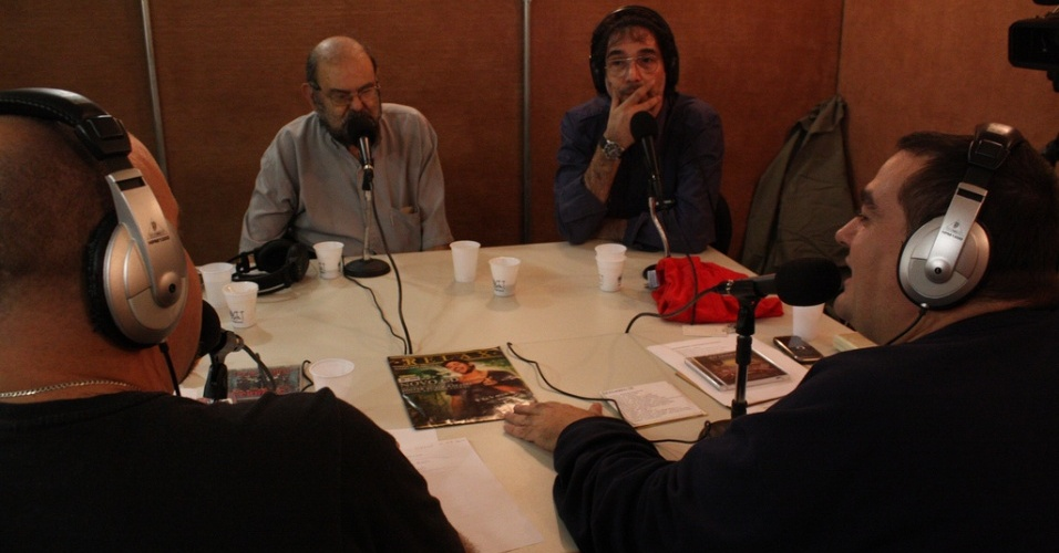 André Barcinski e Paulo César Martin recebem Zé do Caixão e Lobão na reestreia do programa Garagem, gravado no UOL