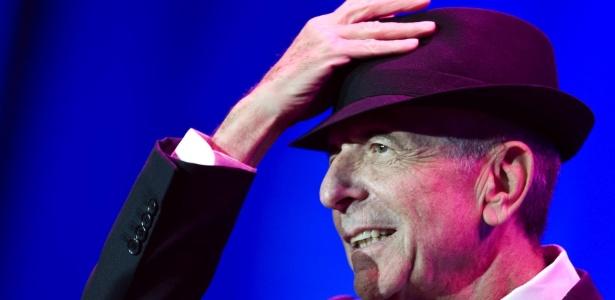 Leonard Cohen durante show no Luis Puig de Valencia, na Espanha (18/09/09) - EFE