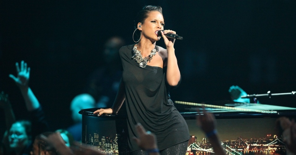 Alicia Keys durante apresentação no MTV Video Music Awards 2009, no Radio City Music Hall (13/09/2009 )
