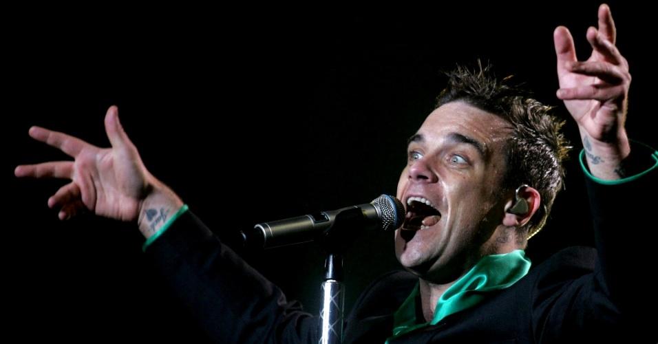 O cantor Robbie Williams durante apresentação em Santiago, no Chile (10/10/2006)