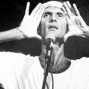 Cazuza durante show no Palace, em São Paulo, em 1988