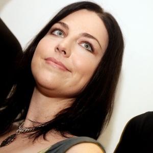 Amy Lee, líder do Evanescence, nos bastidores do Maquinária Festival, em São Paulo (08/11/2009)