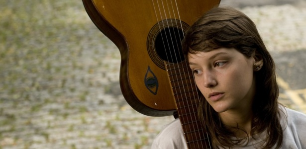 A cantora Mallu Magalhães é destaque da programação do CEU Casa Blanca - Marisa Cauduro/Folha Imagem