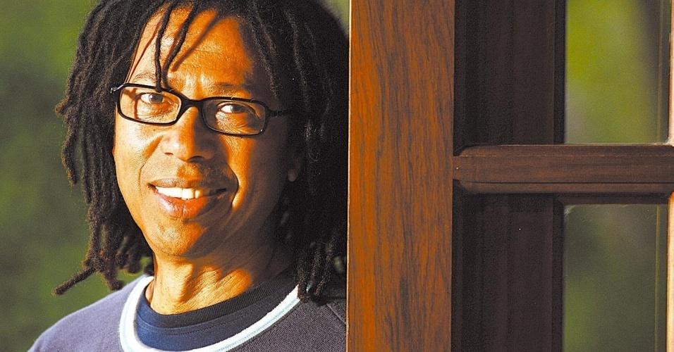 O cantor e compositor Djavan em foto de 2007