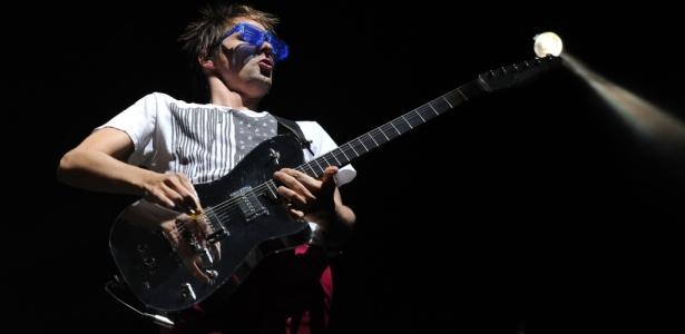 Matt Bellamy durante show do Muse no segundo dia do Coachella Festival, em Indio (17/04/2010)