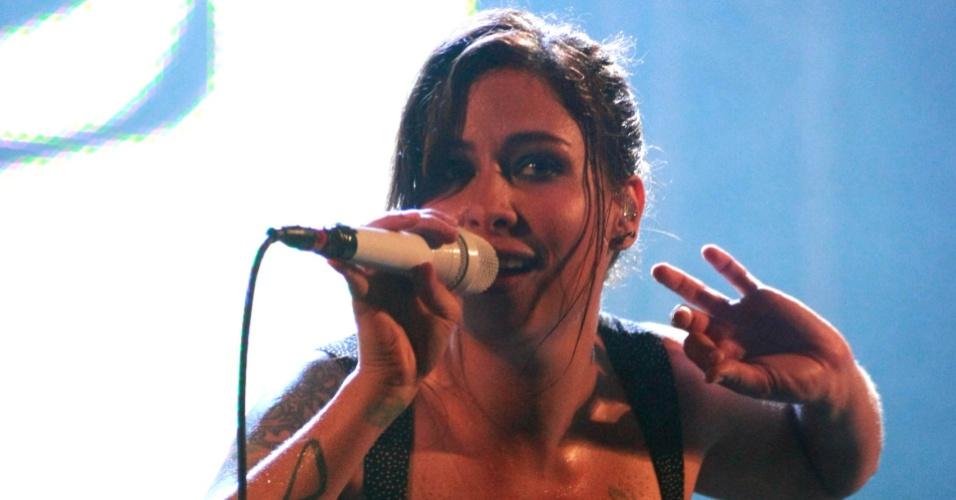 A cantora Pitty durante apresentação no Viradão Carioca, no Rio de Janeiro (25/04/2010)
