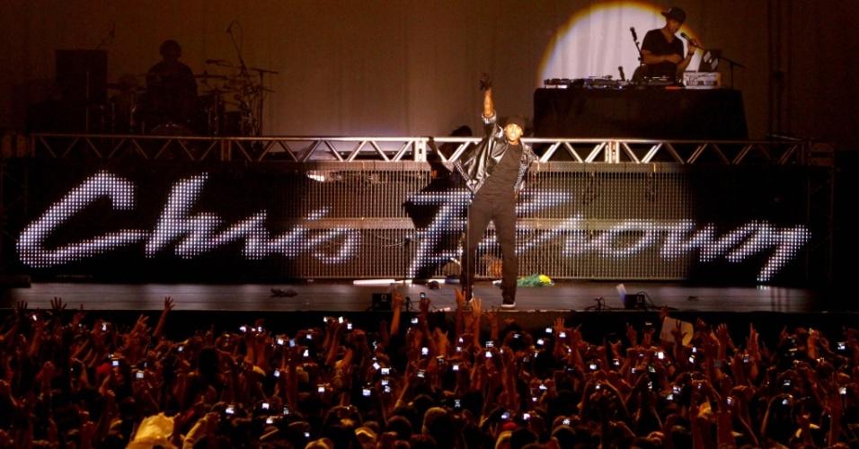 O cantor Chris Brown no primeiro show de sua primeira turnê brasileira, em Belo Horizonte (19/05/2010)