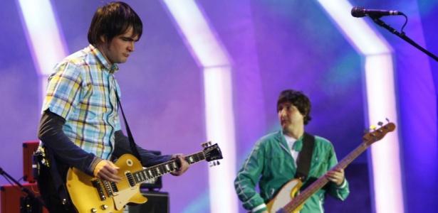 Samuel Rosa toca em show do Skank em Belo Horizonte para gravação do CD/DVD Multishow ao Vivo - Skank no Mineirão (19/06/2010)