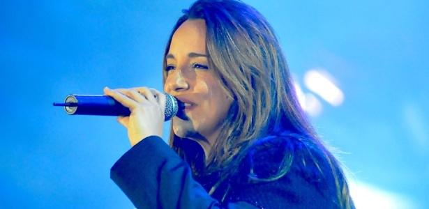 Ana Carolina se apresenta no primeiro dia da Festa do Peão de Barretos (19/08/2010)