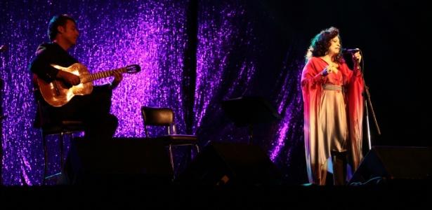 Gal Costa durante apresentação no Palácio de Convenções do Anhembi, em São Paulo (01/10/2010)