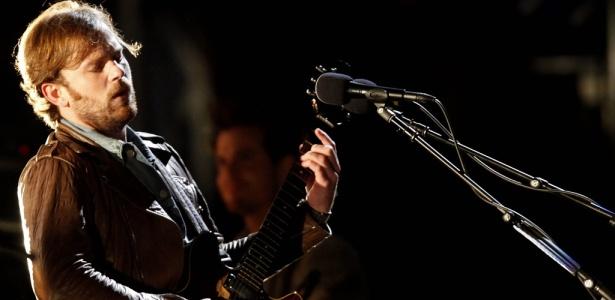 O cantor e guitarrista do Kings of Leon, Caleb Followill, em show da banda no Festival SWU, em Itu (10/10/2010)