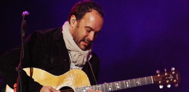 O músico sul-africano Dave Matthews durante apresentação de sua banda no palco Ar no Festival SWU (10/10/2010)