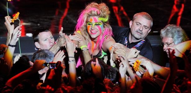 Ke$ha se apresenta no MTV Europe Awards, em Madri, Espanha (07/11/2010)