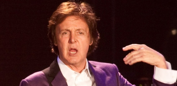 Paul McCartney durante show em Porto Alegre (07/11/2010)