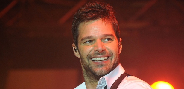 Ricky Martin participa de evento beneficente em Los Angeles, EUA (13/01/2011)