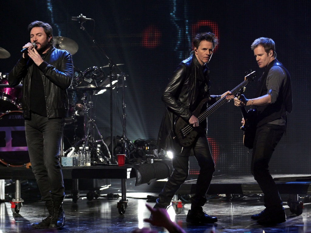 Duran Duran se apresenta no evento VH1's Pepsi Super Bowl Fan Jam na cidade de Grand Prairie, no Texas (03/02/2011)