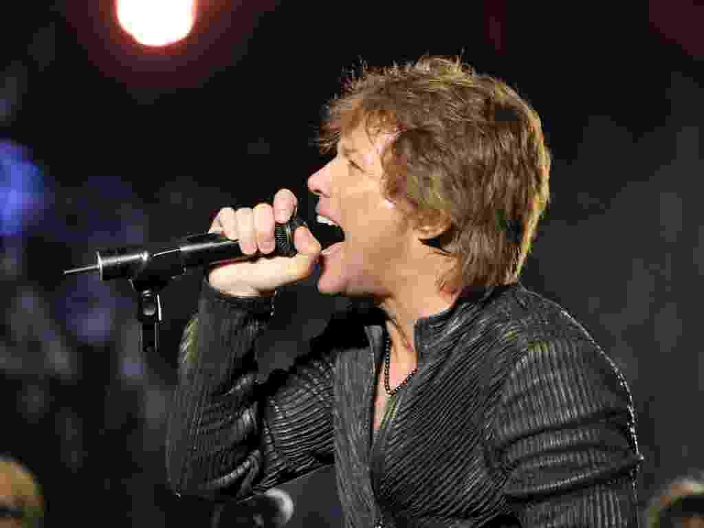 Jon Bon Jovi canta durante show do Bon Jovi no Madison Square Garden, em Nova York (24/02/2011) - Getty Images