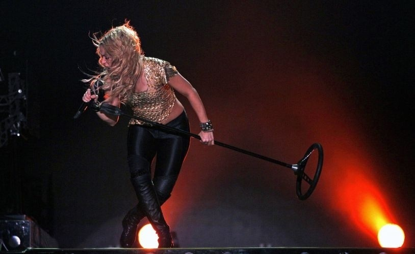 Shakira durante apresentação no Pop Music Festival na edição argentina, em Buenos Aires (05/03/2011)