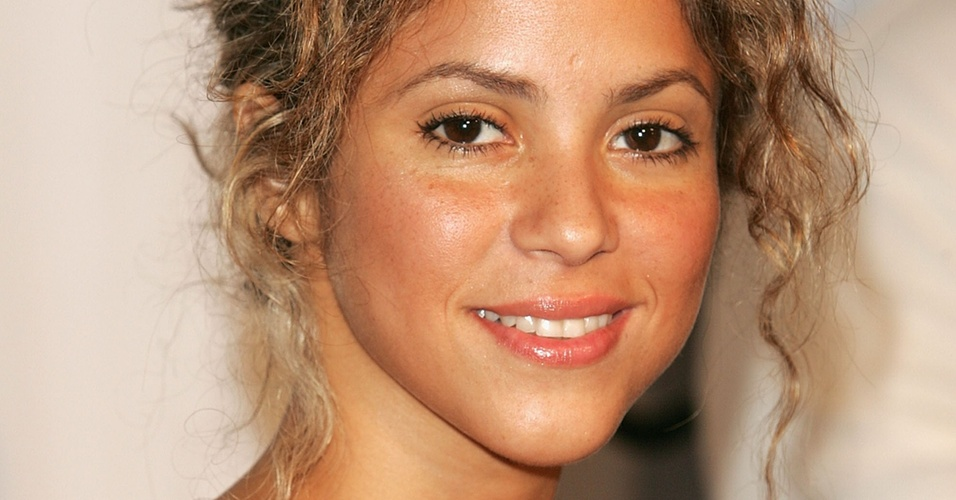 Shakira chega ao Fashion Rocks, no Radio City Music Hall, em Nova York (08/09/2005)