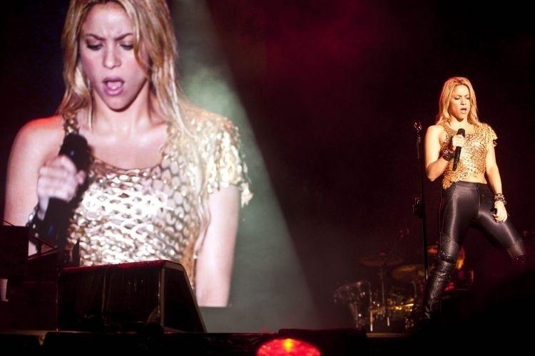 Telão mostra apresentação da cantora colombiana Shakira no Pop Music Festival, em São Paulo (19/03/2011)