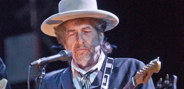 Cantor e compositor Bob Dylan durante show no festival London Feis no no Reino Unido (19/06/2011) - AP