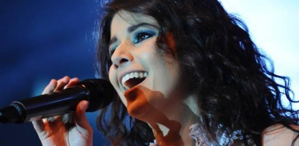 A cantora Paula Fernandes durante show em São Paulo (6/8/2011)
