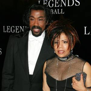 Os compositores Nick Ashford e Valerie Simpson em evento na Califórnia (14/05/2005)