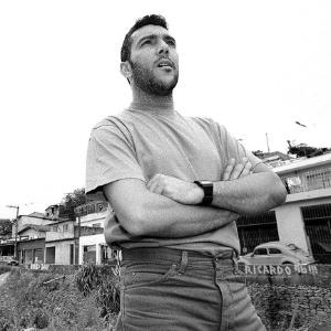 Redson Pozzi, vocalista e guitarrista da banda Cólera (25/11/1996) - Claudia Guimarães/Folha Imagem