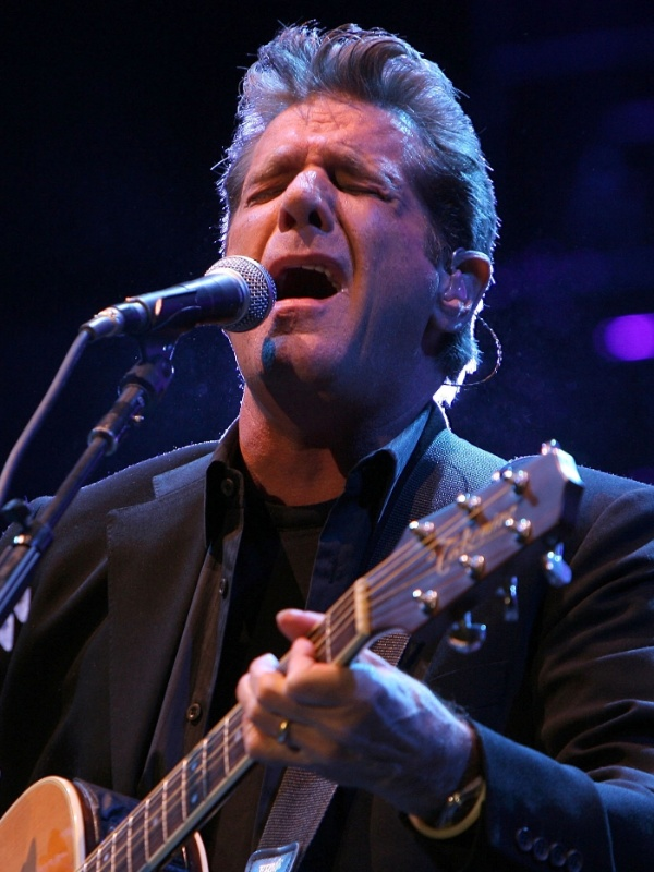 Glenn Frey durante show do Eagles no Stagecoach Country Music Festival, em Índio, Califórnia (02/05/2008)