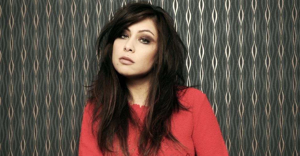 A cantora Pitty foi fotografada para a edição de marçode 2012 da Rolling Stone Brasil