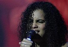 A cantora Neneh Cherry durante show no Tim Festival em SP